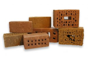 Plattner Patrick Bau_Maurerarbeiten Sanierung_lavori di muratura risannamento_Lehmziegel_mattone di argilla
